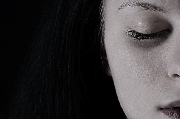 https://pixabay.com/en/girl-depression-sadness-1098612/